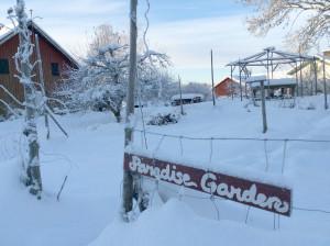 Paradise Garden sover nu tungt.